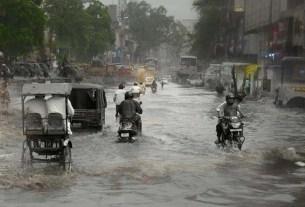 Heavy rains jaipur