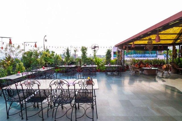 Kalyan Rooftop and Indoor restaurant jaipur