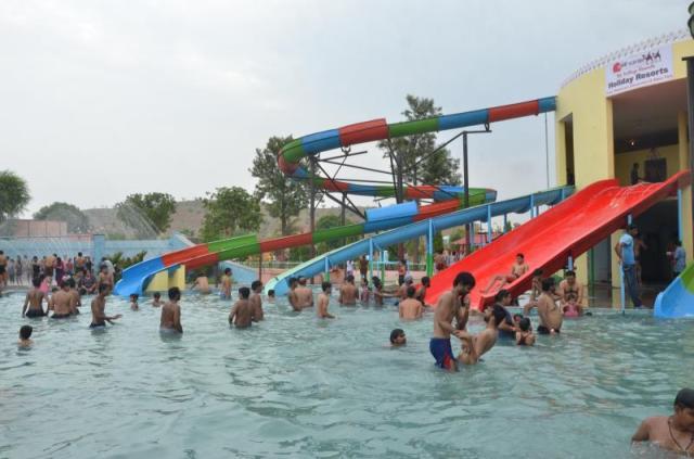 Aapno Waterpark jaipur