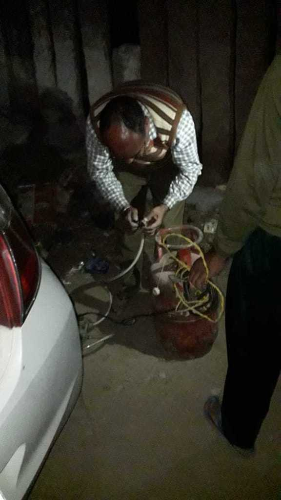 gharelu gas se car refilling