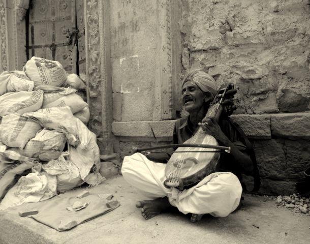 Dapu Khan Merasi old