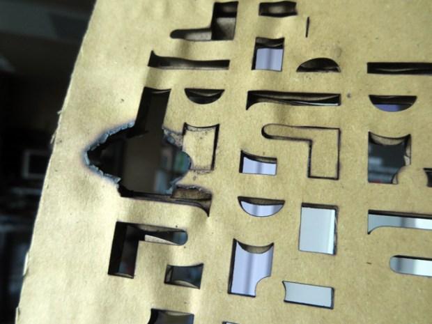 切断台の端の方は制御が甘いのか素材が燃えやすい気がする