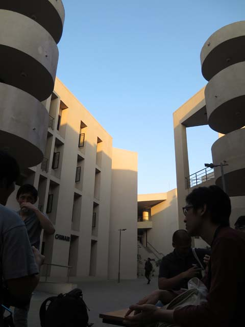 Indian Institute of Technology, Gandhinagar キャンパスにてくつろぐ