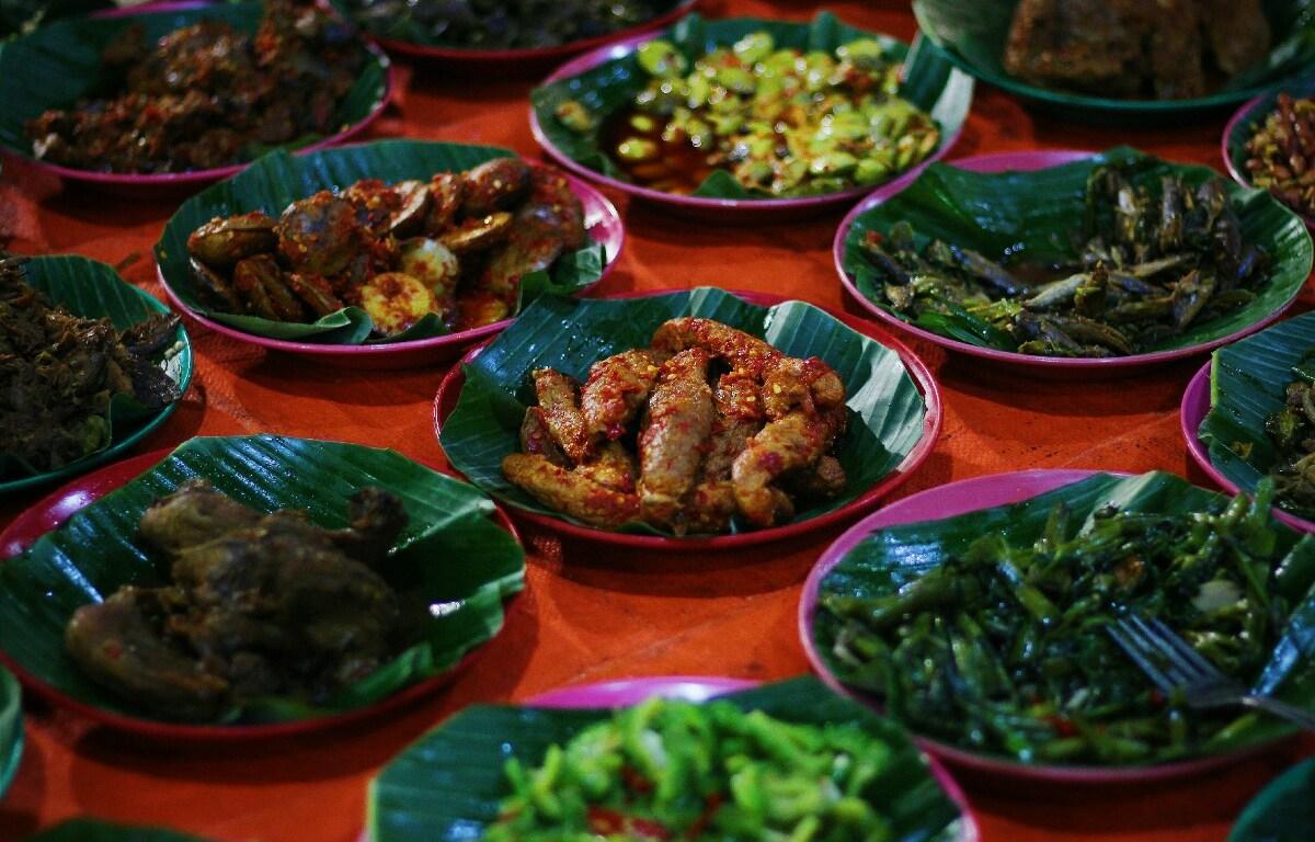 Wisata Kuliner Malam Di Angkringan Blok M Square