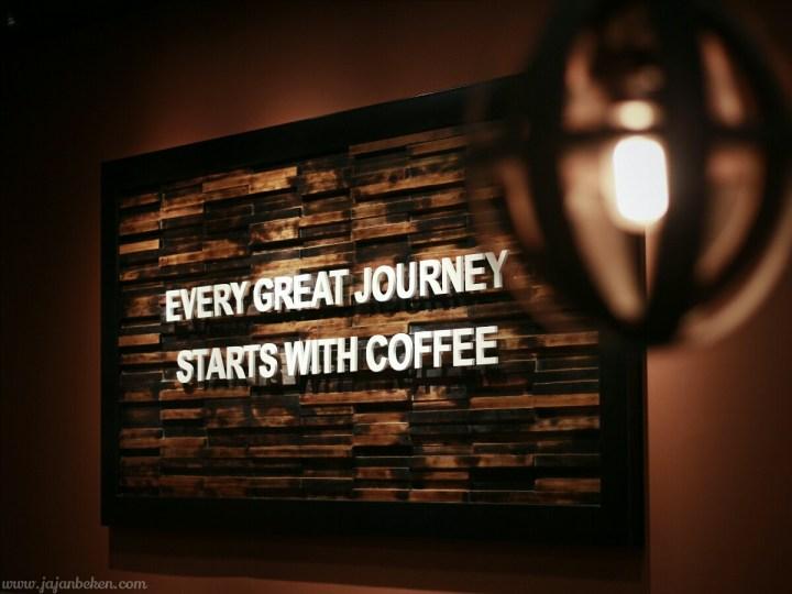 jajanbeken caribou coffee sarinah 16