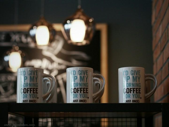 jajanbeken caribou coffee sarinah 9