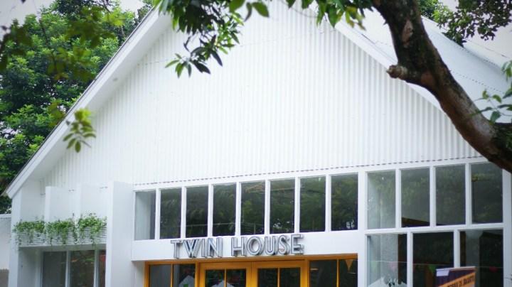 jajanbeken twin house cipete 11