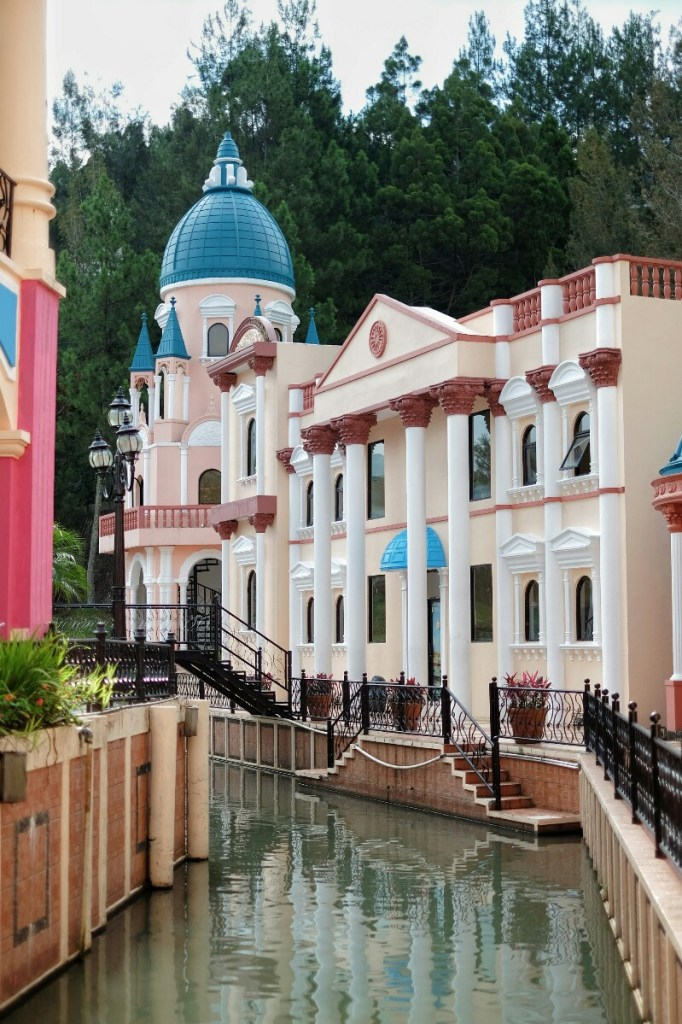 jajanbeken hotel puncak murah ada kolam renang