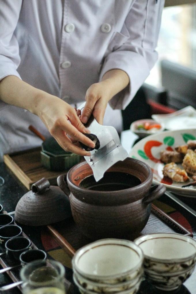 jajanbeken-restoran-momozen