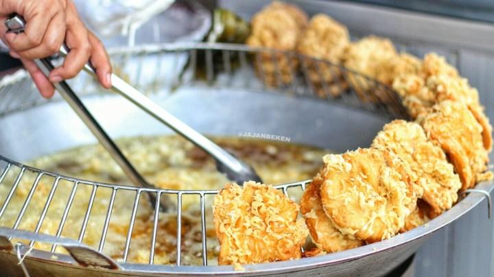 jajanbeken bogor food