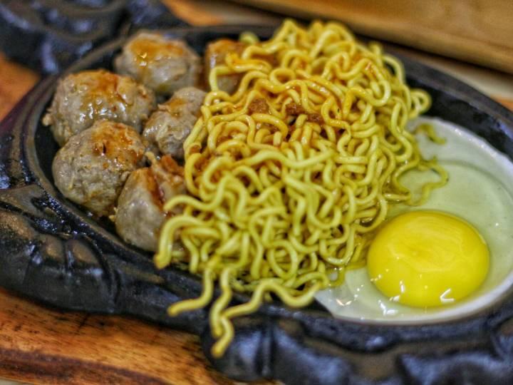 bakso-populer-karawang