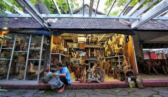 Pasar Seni Ancol Jakarta, Jakartatraveller.com.