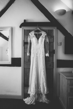 brinsop court wedding photography-9