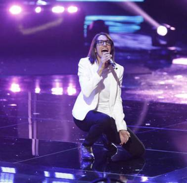 "Michelle Chamuel's impressive performances made a fan-favorite contestant during ""The Voice: Season Four."" (Photo property of NBC)"