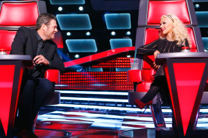 "Blake and Christina have a moment on ""The Voice"""