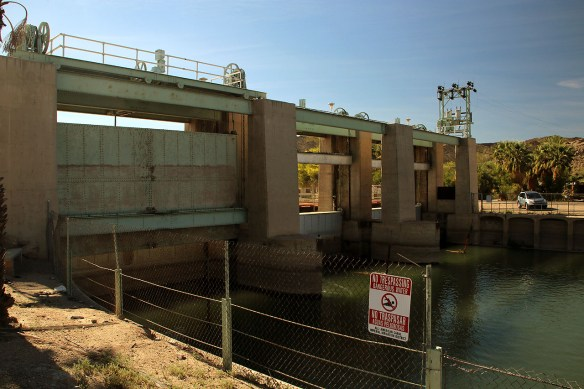 The Dam from the upstream (back) side.