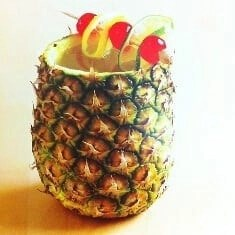Pineapple-rum-cocktail served at Jamaica villas private bar