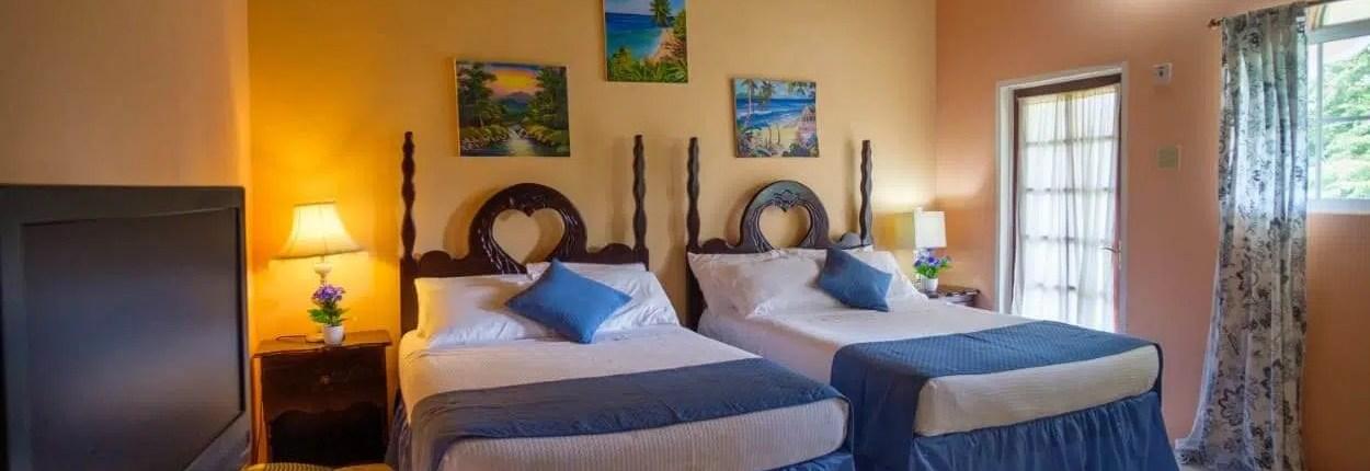 Jamaica villas double bedroom courtyard view