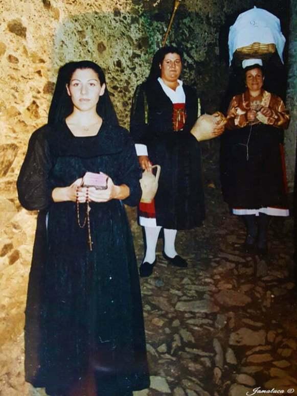 0032e52eb9b9 L abito tradizionale calabrese nella provincia di Catanzaro - Jamaluca