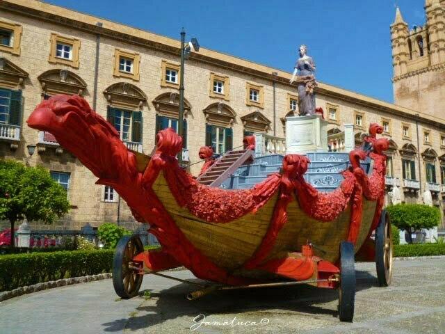 Carro del Festino di Santa Rosalia