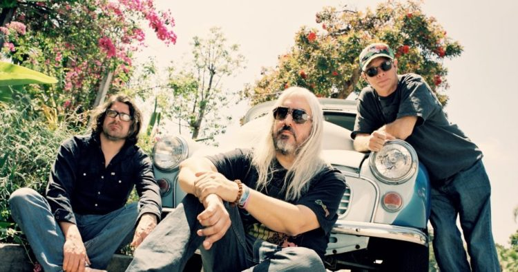 Dinosaur Jr.: Tour Dates & Tickets, News, Tour History, Setlists, Members,  Links