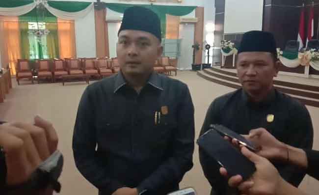 Ketua dan Waka sementara DPRD Tebo