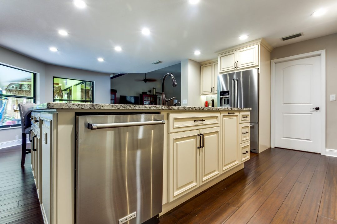 Kitchen Remodel - Weatherstone - Safety Harbor10