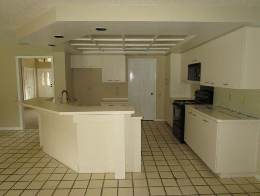 Weatherstone Safety Harbor Kitchen Remodel Before2