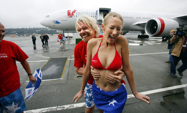 (Richard Branson, doing his thing)