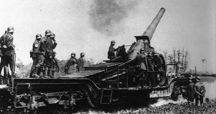 German Howitzer WWI via Guns in the Great War http://www.worldwar1.com/pharc005.htm