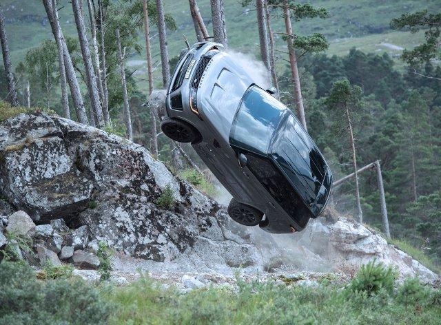 Range Rover Sport SVR in No Time To Die