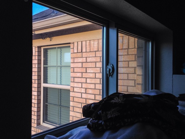 a strange sight, morning light