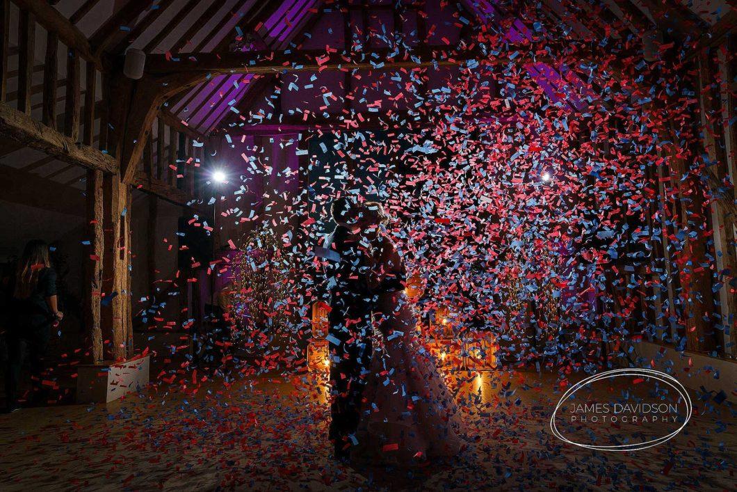 1st dance confetti bomb