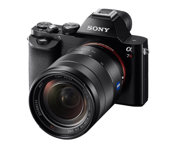 Sony A7R Review - Sony A7R with Zeiss Lens