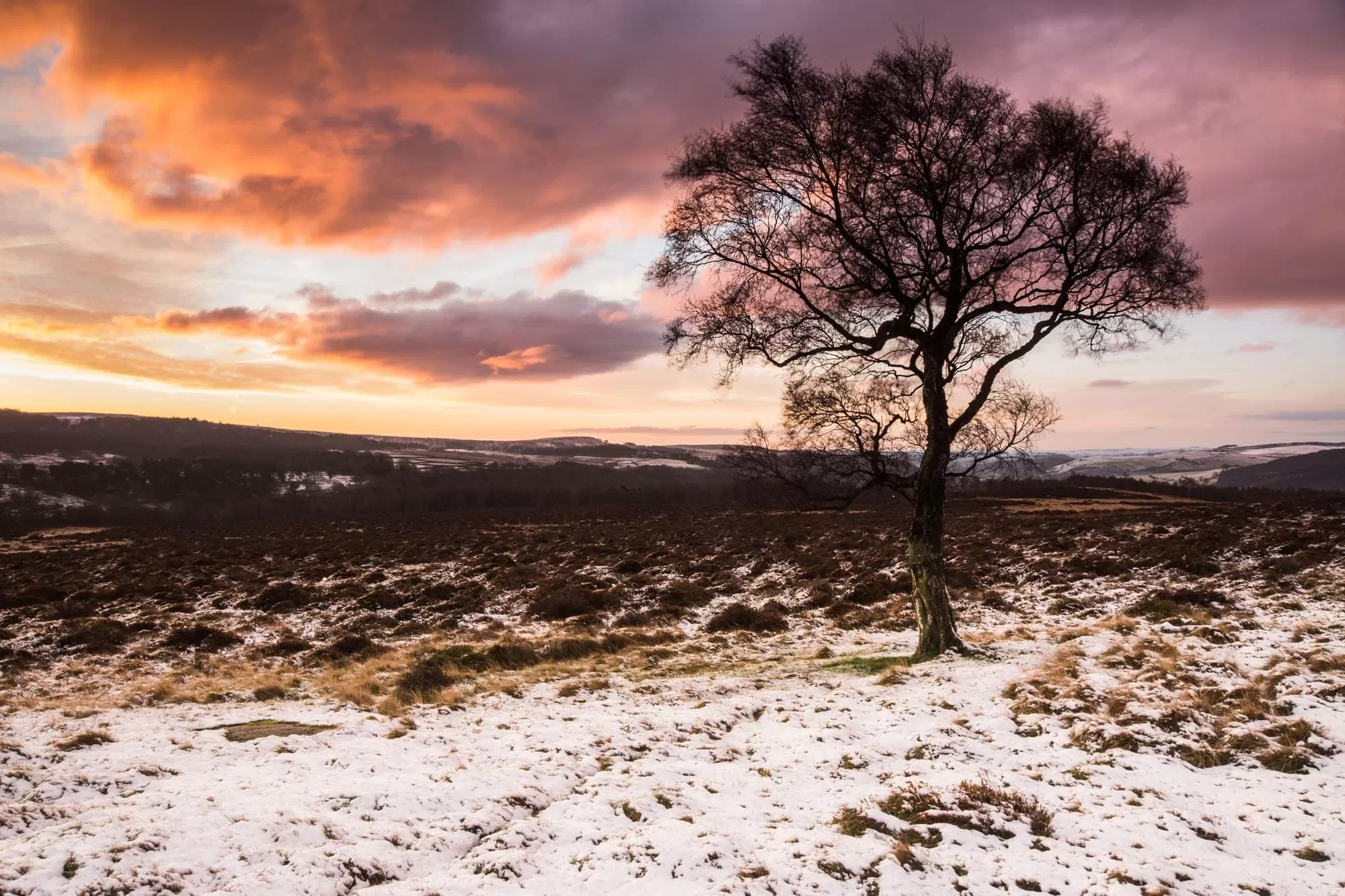 Lawrence Field Winter Sunrise - Peak District Photography