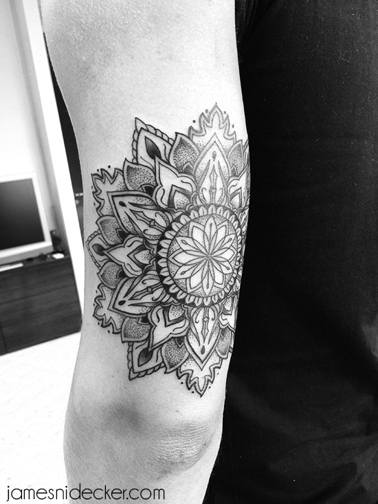 Tattoo James Nidecker L Amsterdam Tattoo Artist L Dotwork Mandala Geometry
