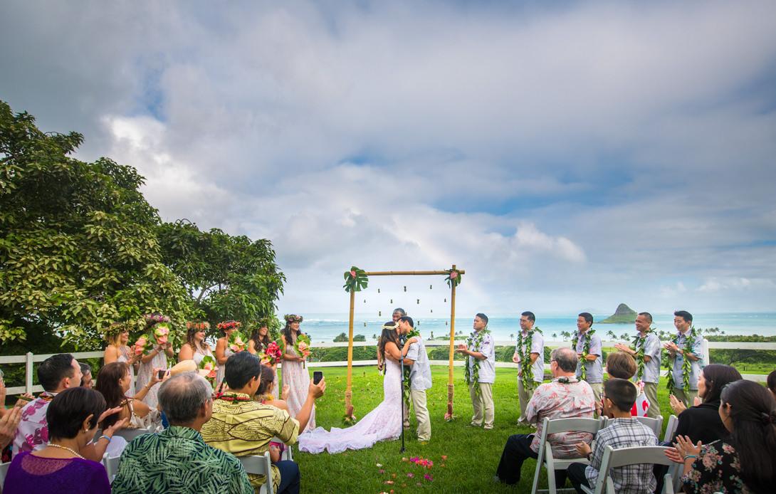 Kaui Amp John Kualoa Ranch Oahu Hawaii Wedding