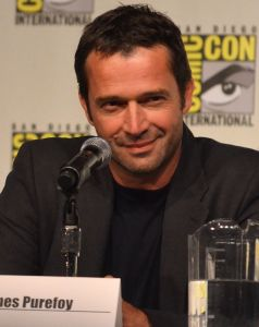 James_Purefoy_at_Comic-Con_2012_cropped