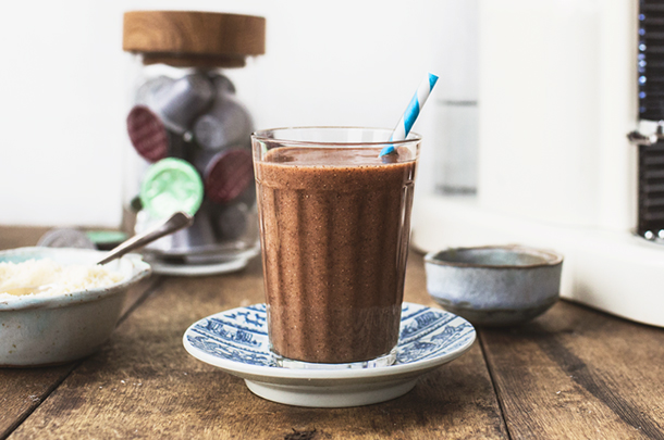 http://www.jamieoliver.com/news-and-features/features/healthy-coffee-smoothie-breakfast-recipe/#3vuvZfZPJ2QkfrXU.97