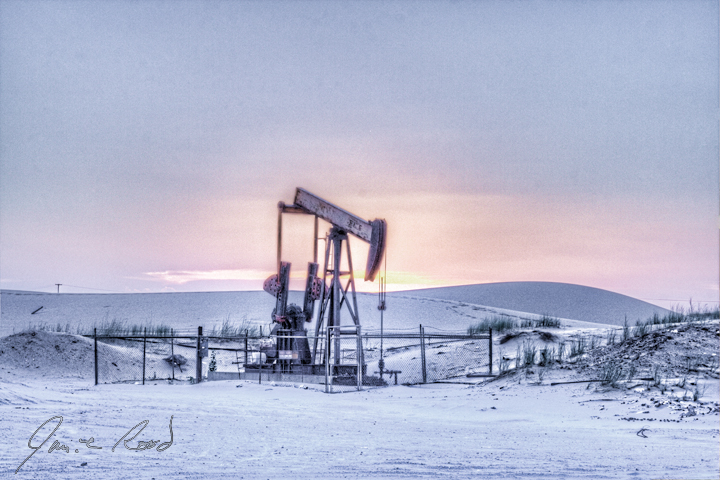 https://i2.wp.com/www.jamierood.com/art/var/resizes/Oilfield/PumpJacks/PumpjackAtSnowySunset.jpg