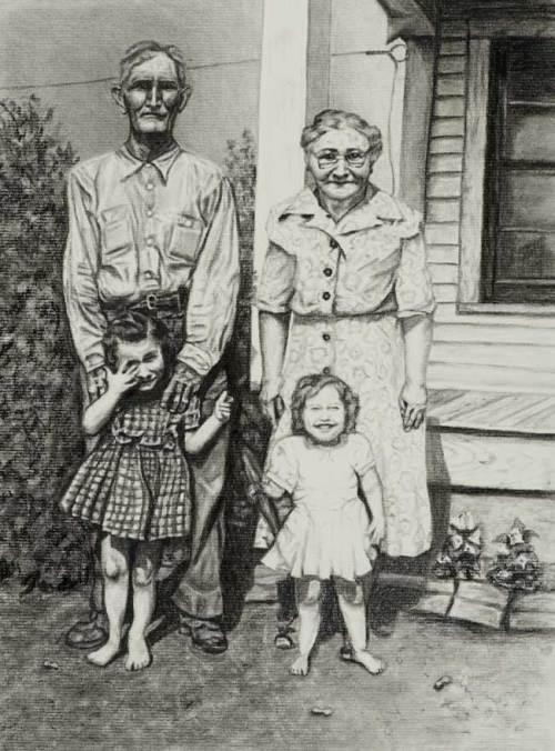 Linda-Kuehn_Family-Portrait650