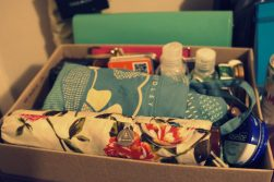 JamJarGill: KonMari: Bags: Shoebox of handbag contents