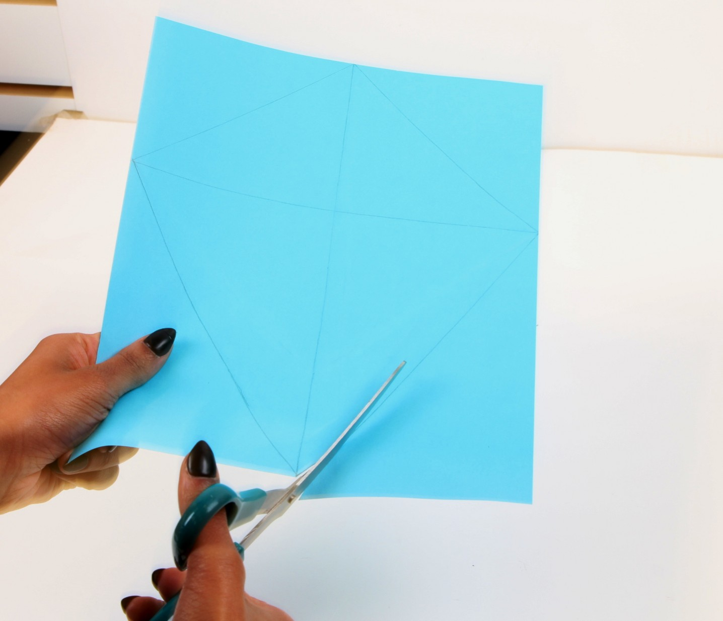 How To Make A Diamond Kite