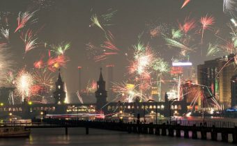 WHO urges Europe not to overcrowd New Year's Eve