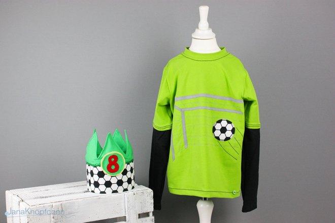Blogpost zum Fußballgeburtstagsshirt. Geburtstagsshirt nähen mit Fußballapplikation. JanaKnöpfchen - Nähen für Jungs