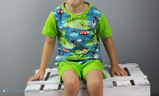Blogbeitrag kurzen Schlafanzug nähen. Paulischlafanzug. JanaKnöpfchen - Nähen für Jungs