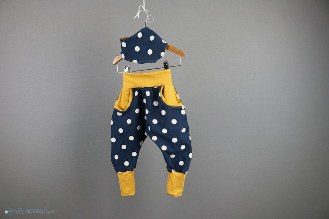 Babyset gepunktete Hose mit Tuch Gr. 80 - für kleine Weltentdecker. JanaKnöpfchen