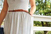 Detail der Tasche und dem Gürtel am selbstgenähten Kleid. JanaKnöpfchen - Nähen für Jungs