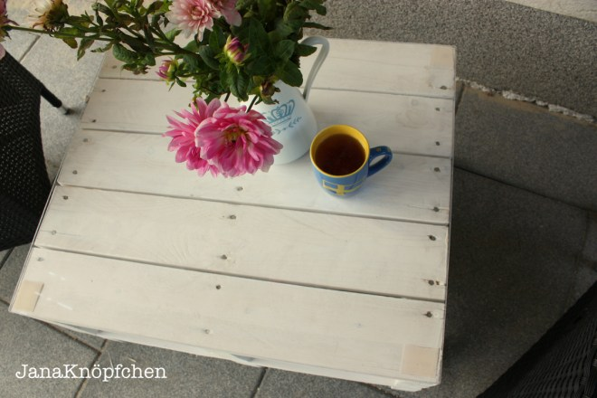Upcyclingprojekt Terrassentisch bauen - aus alten Paletten Terassentisch bauen. JanaKnöpfchen - Nähen für Jungs