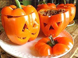 Cute and easy stuffed pepper pumpkin jack o lanterns